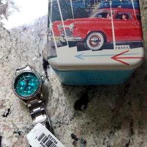 Women's Watch Fossil New with tags